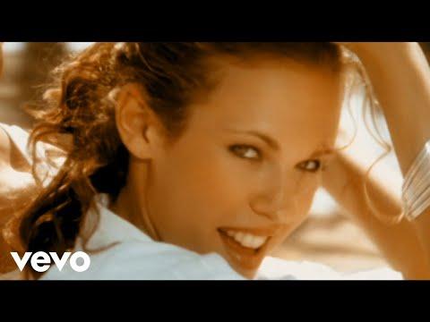 Lorie - Sur un air latino (Clip officiel)
