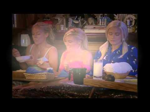 The Girl Next Door S03E10 - 5 Special   Bedtime Stories The Best of the Girls Next Door