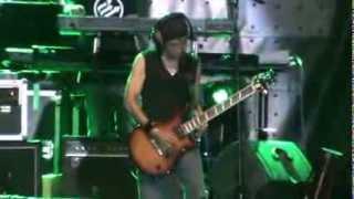 Gitar Toto Tewel