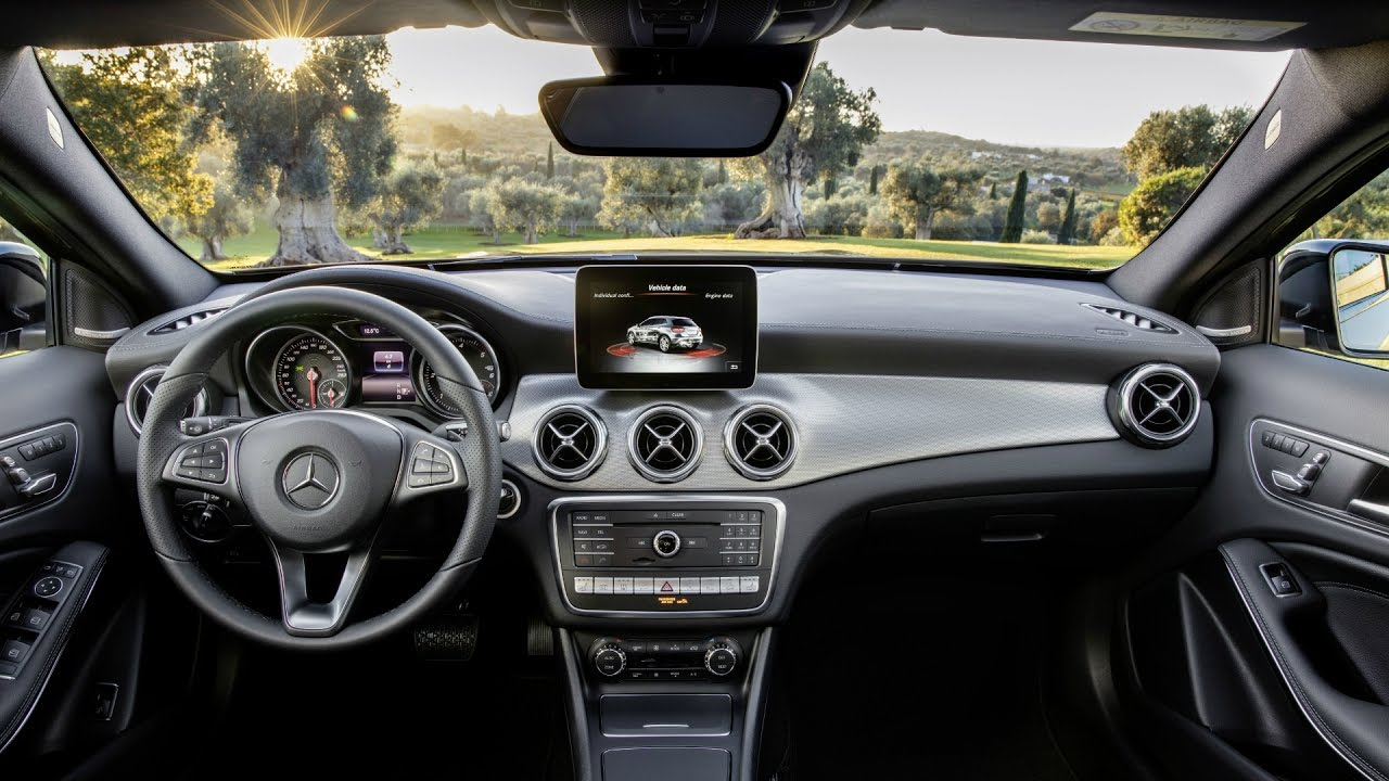 2018 Mercedes GLA Interior