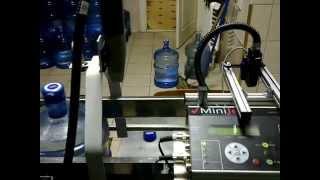 Печать даты на крышке бутылированной воды(, 2014-04-15T12:03:43.000Z)