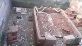 kabir azabı yılanlar kabirin üstündeki taşları atıyor subhanallah