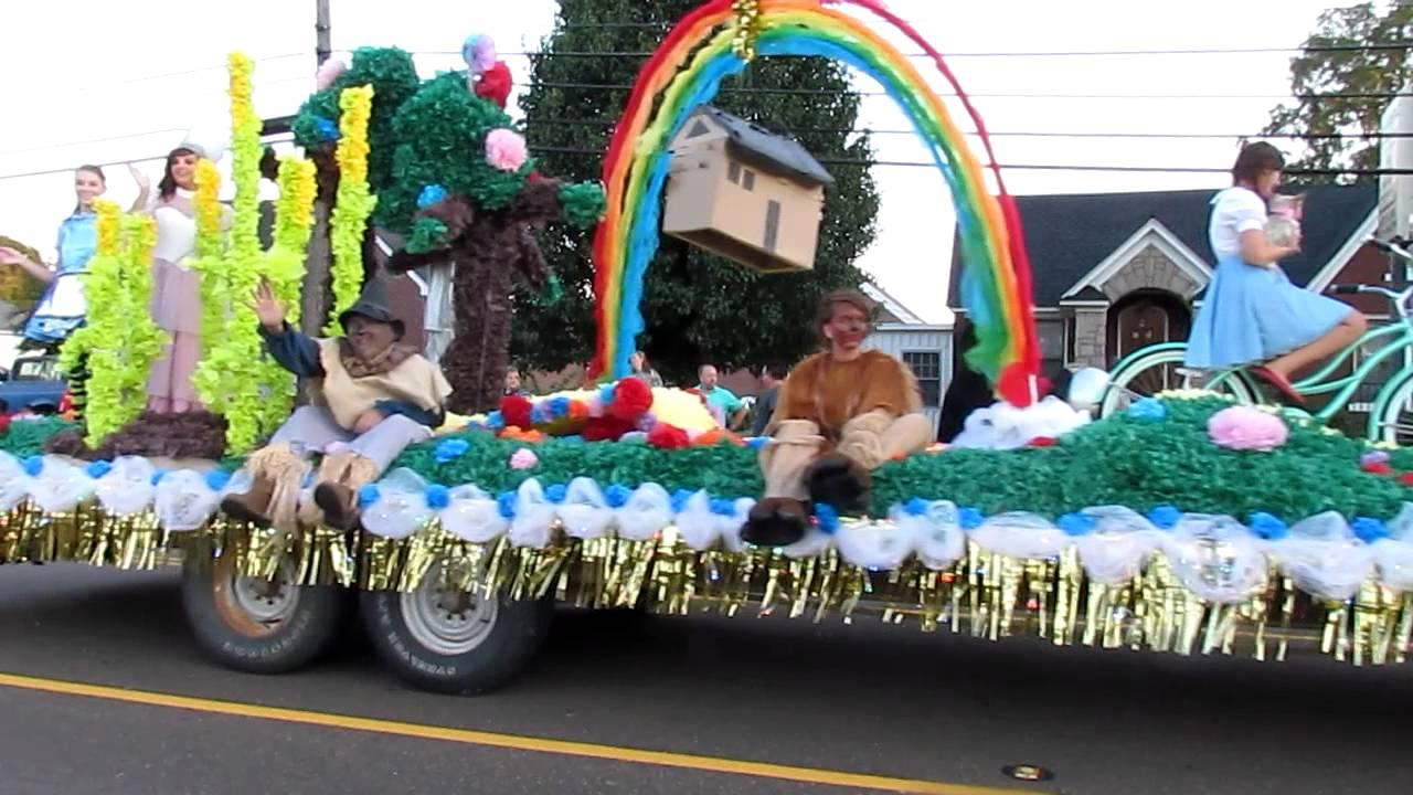 2011 Hernando Homecoming Senior Float Wizard Of Oz Mvi1452mov