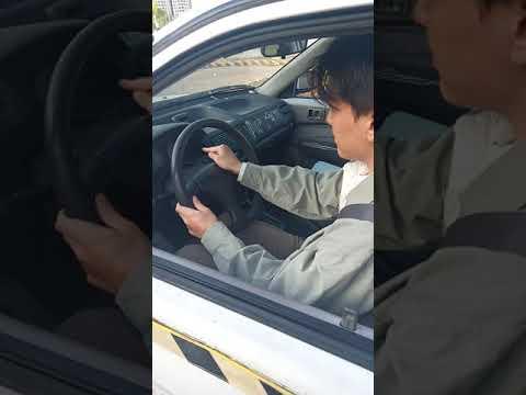 嶺東駕訓班 王詣凱教練-學員模擬考測驗 不及格項目:未兩段式開車門 -32