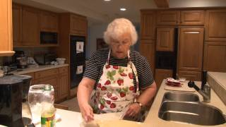 Perfect Flakey Pie Crust Recipe: Nana