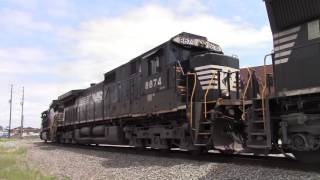 NS Train E49 stalls out on the hill and has to crank up another unit C40-9W/C40-9 Standard Cab SD70M
