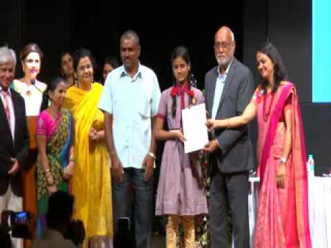 Mumbai Artists receiving awards- 1