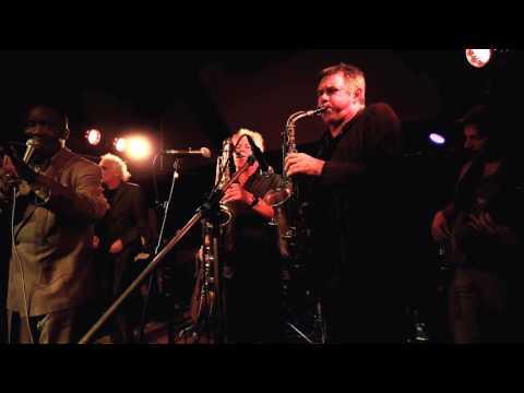 Oscar Harris  - Try a little love - Club Trio Bier
