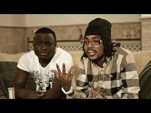 Ik Steel Van Die Rijke Tatas [Officiële Videoclip] - Sidney ft. Pest One