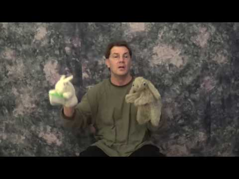 """How To Tell """"The Runaway Bunny"""" By Margaret Wise Brown With Puppets."""
