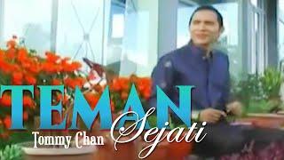 Download Lagu Melayu - Rommy Tan - Teman Sejati (Official Video Lagu Minang)