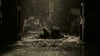 Смотреть клип Танцы Минус - Осенним Вечером