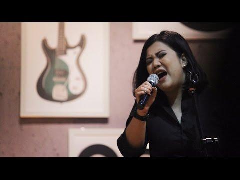 Sarasvati - Ivanna (Hidden Track DCDC Musikkita)