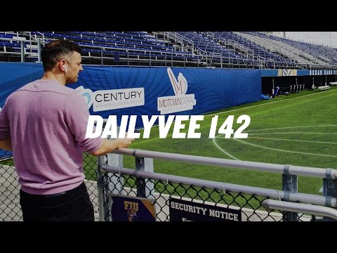 MIAMI MUSINGS | DailyVee 142