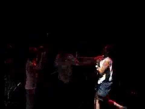 SHITDISCO FIGHT SOUNDMAN ON STAGE