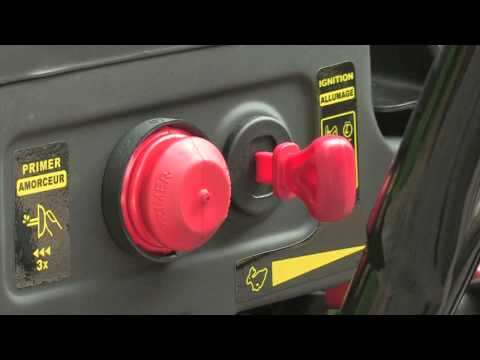 How to Operate the Basic Controls on a Snowblower
