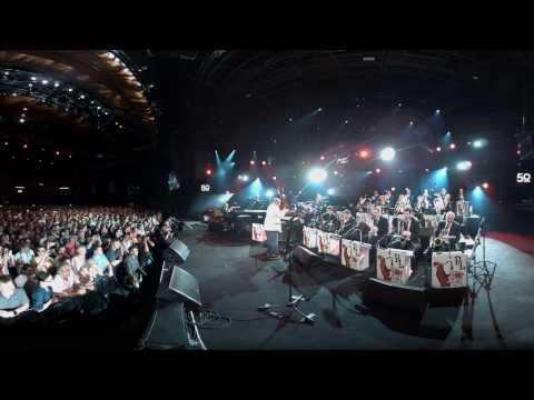 Quincy Jones - Soul Bossa Nova - 360° VR (Live at the 50th Montreux Jazz Festival)