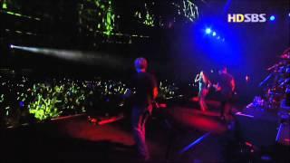 Avril Lavigne - My World - Live in Seoul Korea 2003 [HD]