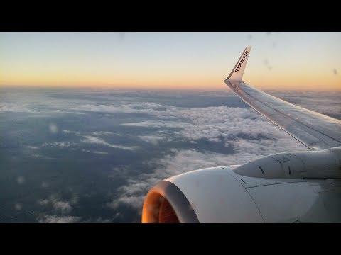 TRIPREPORT | Ryanair Boeing 737 | Cheapest Flight Oslo  To London £4