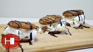 Easy Desserts  Sandwiches : Chocolate Chip Cookie Ice Cream Sandwiches