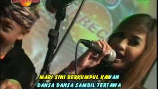 Смотреть клип Nella Kharisma - Disayidan