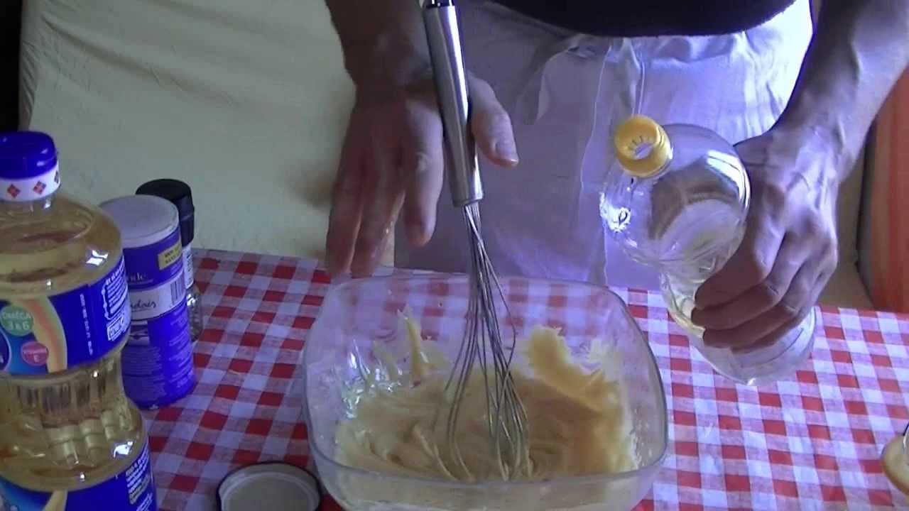 Comment faire la vraie mayonnaise maison recette mayonnaise youtube - Faire la mayonnaise ...