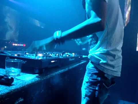 DJ HARYQUOC - BAR DAI HUNG - BMT -phan2