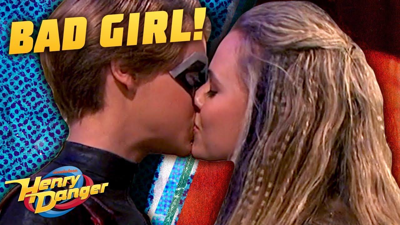 Download Kid Danger Kisses A Bad Girl 😘 | Henry Danger