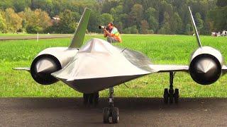 Amazing SR-71 Blackbird Stealth RC Turbine Scale Model Jet With Afterburn