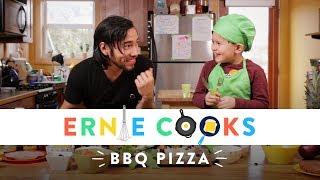 Cooking BBQ Pizza | Ernie Cooks | HiHo Kids