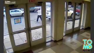 В Чикаго полицейский не при исполнении застрелил безоружного человека