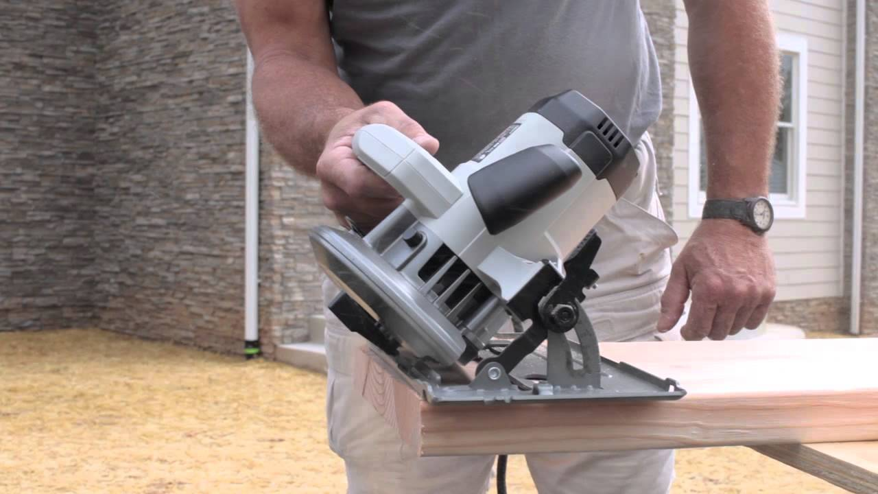 Porter cable 15 amp 7 14 heavy duty circular saw youtube porter cable 15 amp 7 14 heavy duty circular saw greentooth Choice Image