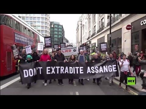 مسيرة لمؤيدي جوليان آسانج في لندن ضد