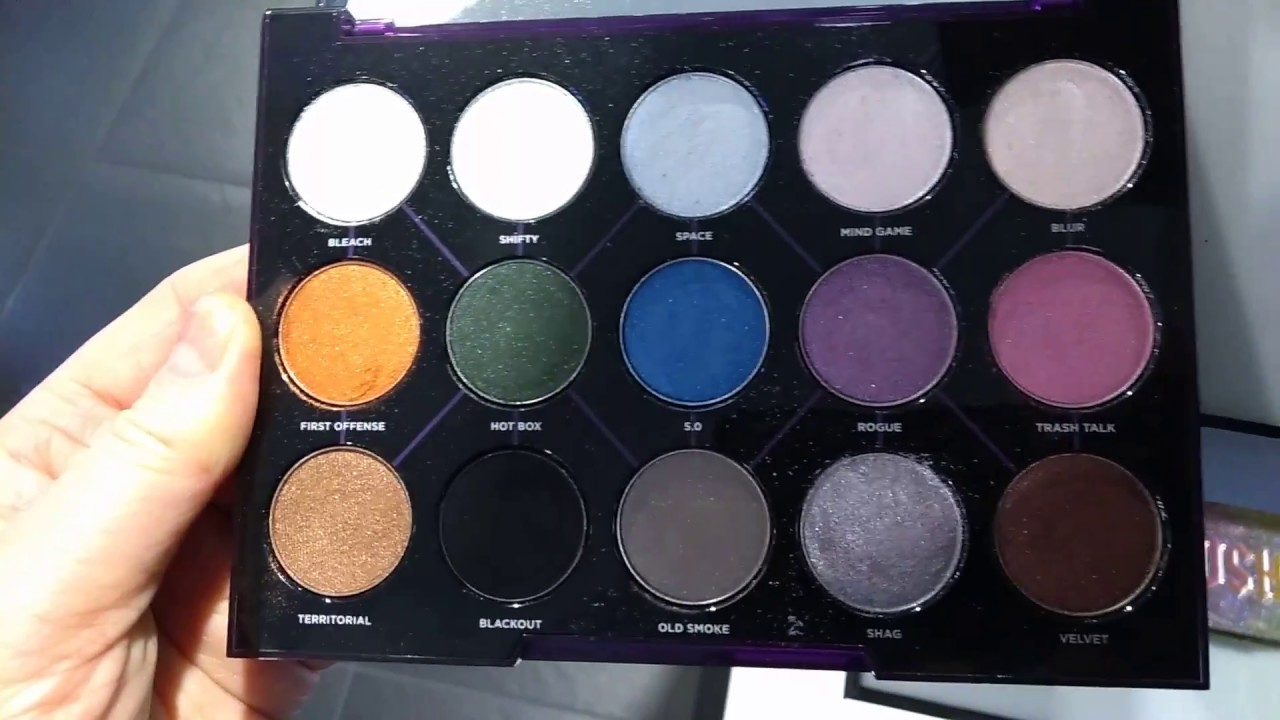 a quick look at urban decay s distortion eyeshadow palette with