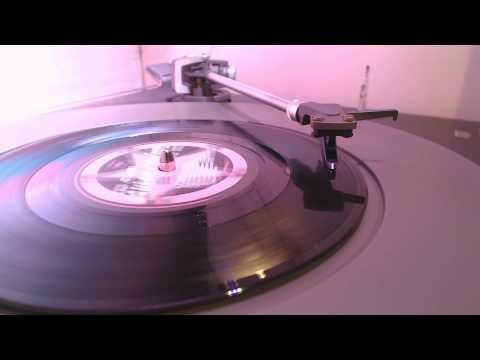 The Clash - London Calling (2012 Mix) (45RPM)