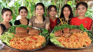 How to make papaya salad with pork crispy recipe in my family