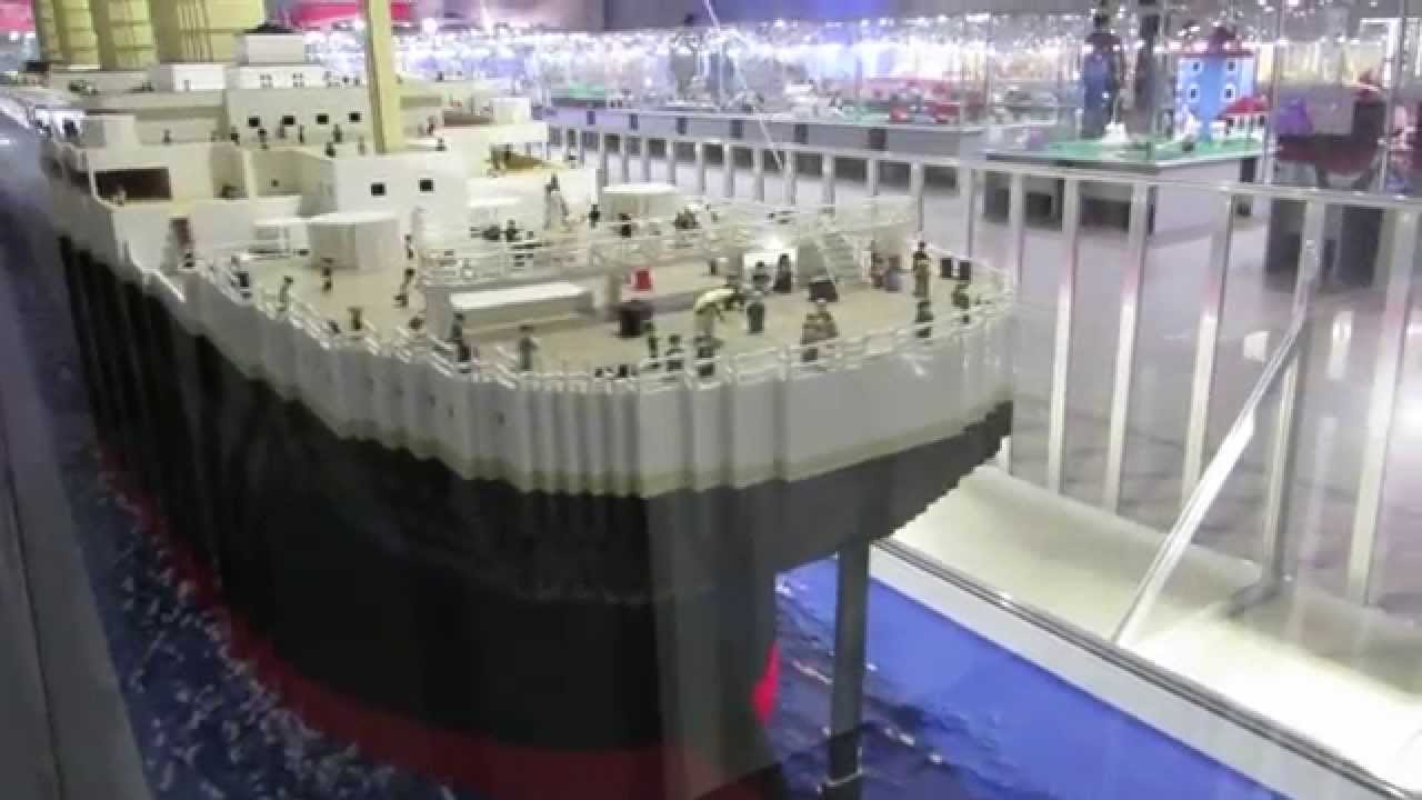 gigantic schiff