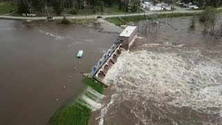 2 Michigan dams breached, thousands evacuated amid flooding