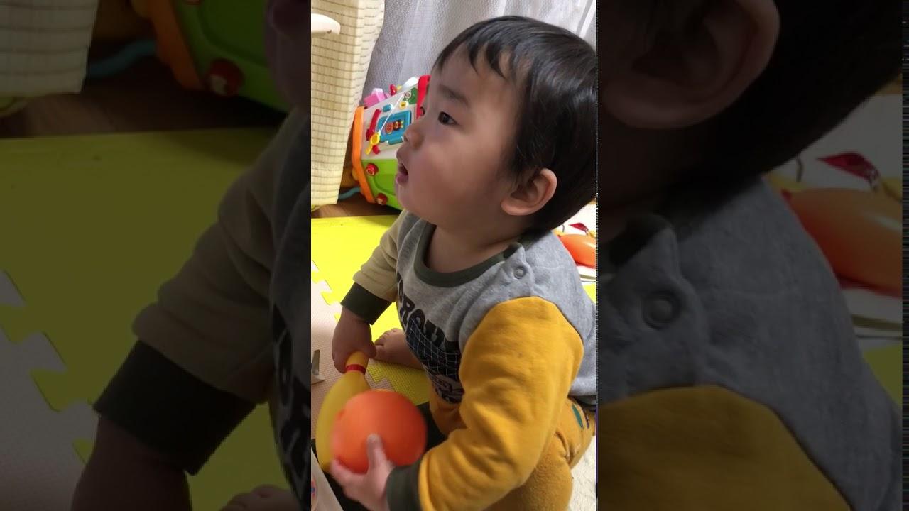 Pooping toddler - YouTube