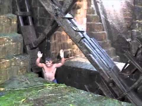 Waterwheel Diving in Hama, Syria