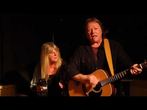 House of Cards - Red Shoes at Shirley Folk Club, September 2017