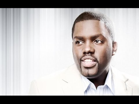 IN YOUR PRESENCE WILLIAM MCDOWELL By EydelyWorshipLivingGodChannel