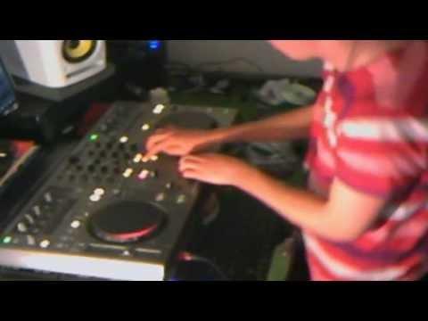 UK Filthy Hard House 2012 Mix - MooneY