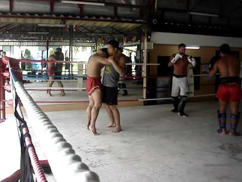 How to Muay Thai Clinch (Phuket Dragon Muay Thai) Part 6