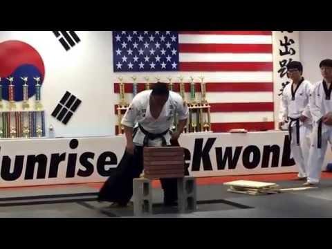 Master Lee board breaking TaeKwonDo