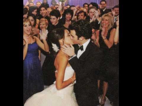 Kevin Jonas and Danielle Jonas ( Deleasa) wedding pics - YouTube