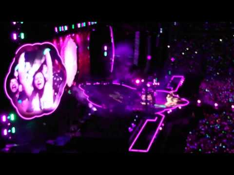 Coldplay - Paradise (Sydney, 13/12/2016)