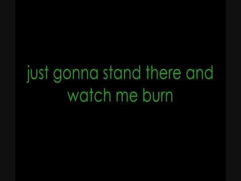 I Love The Way You Lie  - Eminem Ft. Rihanna (LYRICS) HD *DOWNLOAD LINK!*