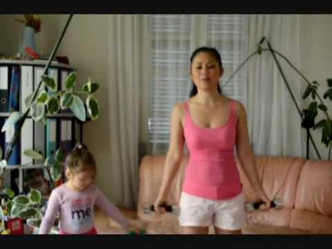 Những động tác giúp canh tay thon gọn và vòng 1 nở nang hơn - Camilla ThyThy - Đồng An
