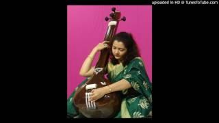 Download amruta rahalkar mogal ud ja re kaga MP3 song and Music Video